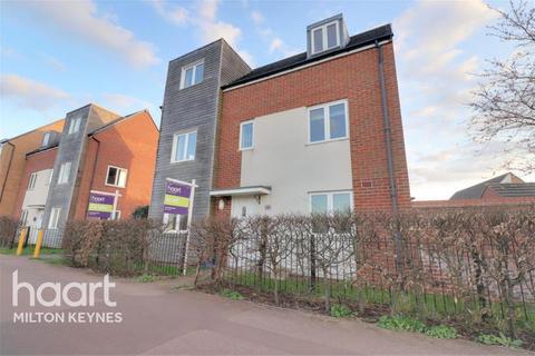 4 bedroom detached house to rent - Newport Road, Broughton Gate