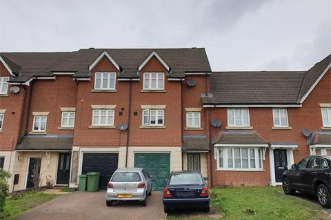 3 bedroom terraced house for sale - Pearcy Close, Harold Wood, Romford, RM3 8PW