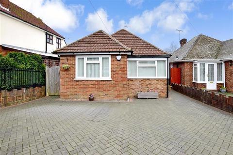 2 bedroom detached bungalow for sale - Harvey Road, Willesborough, Ashford, Kent