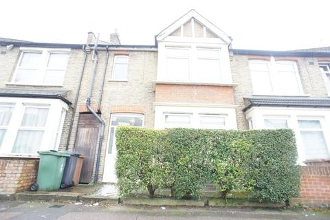 4 bedroom house to rent - Leonard Road, Chingford , London