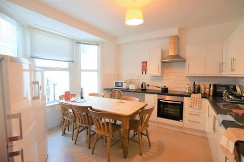 6 bedroom house to rent - Kingsley Road, Brighton