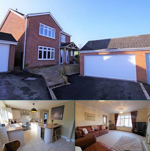 4 bedroom detached house for sale - Glen Drive, Alton