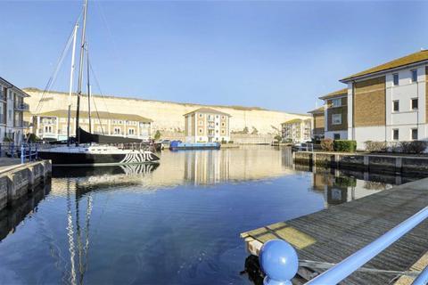 2 bedroom flat to rent - Sovereign Court, Brighton