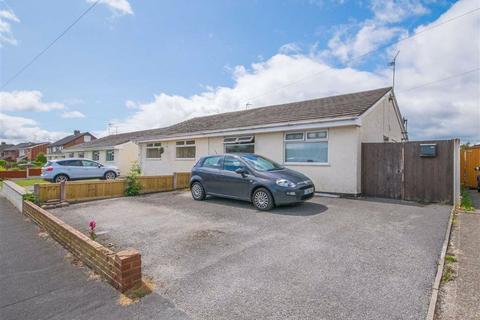 2 bedroom semi-detached bungalow for sale - Hillside Crescent, Mold