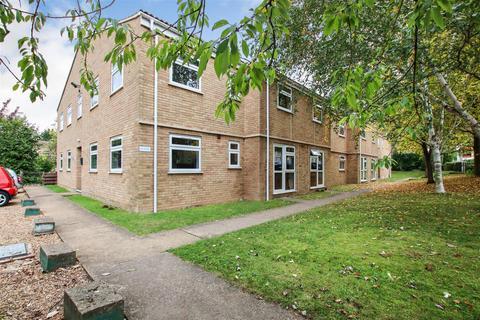 1 bedroom flat to rent - Regatta Court, Oyster Row, Cambridge
