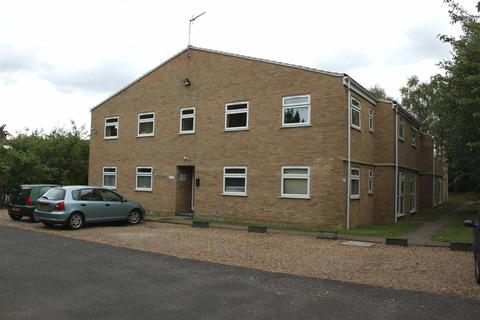 1 bedroom flat to rent - Regatta Court, Oyster Row, Cambridge