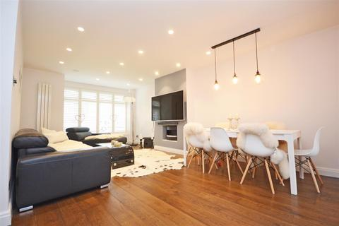 5 bedroom semi-detached house for sale - Twickenham Road, Isleworth
