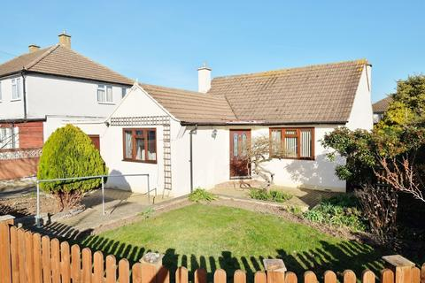 2 bedroom detached bungalow for sale - Rookesley Road, Orpington