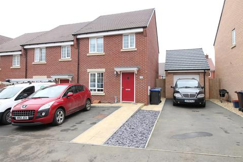 House for sale - Wheelwright Way, Woodford Halse, Daventry