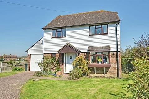 4 bedroom detached house for sale - The Street, Appledore