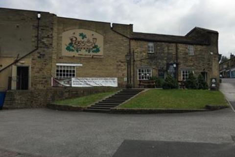 Shop to rent - 116 Richardshaw Lane, Stanningley, Pudsey, West Yorkshire, LS28 6BN