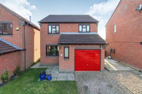 3 bedroom detached house for sale - Northfield Walk, Driffield