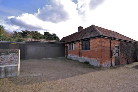 Land for sale - The Street, Roxwell