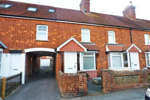 3 bedroom terraced house for sale - Framfield Road, Uckfield