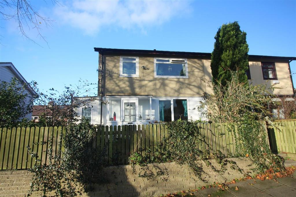 3 Bedrooms Semi Detached House for sale in Wadsworth Lane, Dodnaze, Hebden Bridge