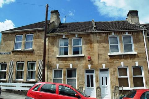 4 bedroom terraced house to rent - Lymore Gardens, Oldfield Park, Bath, Somerset