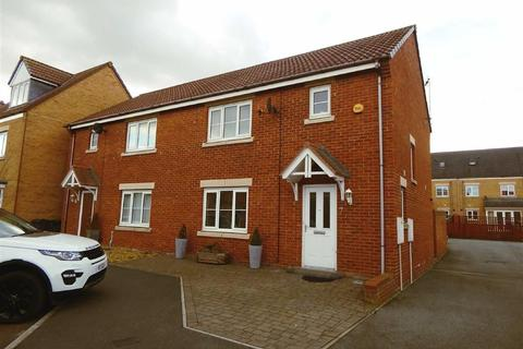3 bedroom semi-detached house for sale - Greenrigg Place, Shiremoor, Newcastle Upon Tyne, NE27