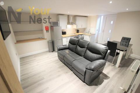 1 bedroom house share to rent - Rosemont Road, Bramley, Leeds, LS13 3PP.