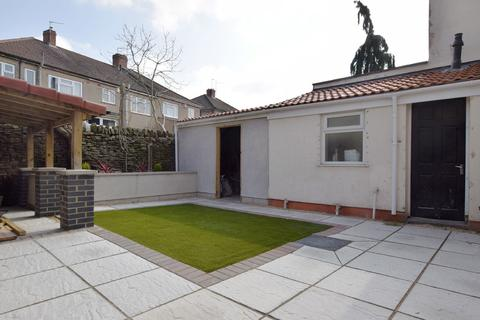 8 bedroom house share to rent - Hinton Road, Fishponds, Bristol