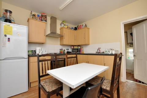 5 bedroom terraced house to rent - Muller Avenue, Horfield