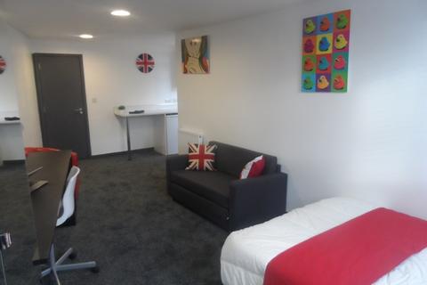 Studio to rent - 17 NORTH RM7- C4 HMO ENSUITE (OPPOSITE UNIVERSITY)