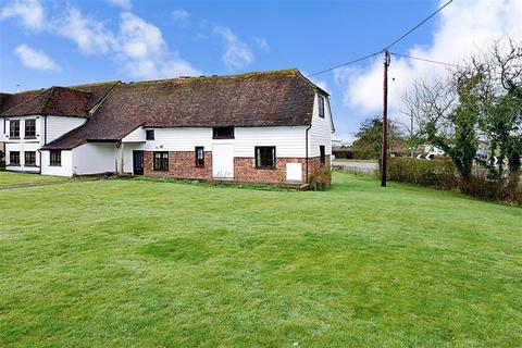 4 bedroom barn conversion for sale - Maidstone Road, Marden, Kent
