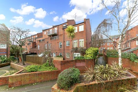 2 bedroom flat for sale - Gladstone Road, London, W4