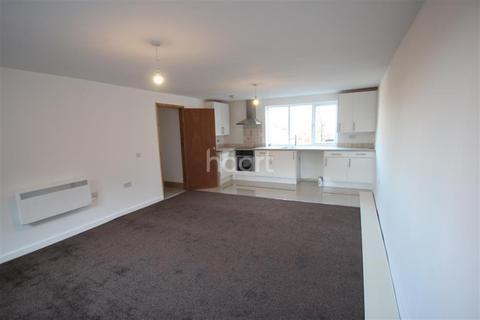2 bedroom flat to rent - Warner Street