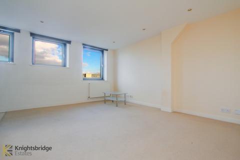 1 bedroom flat for sale - Central House, Cambridge Road, Barking, IG11