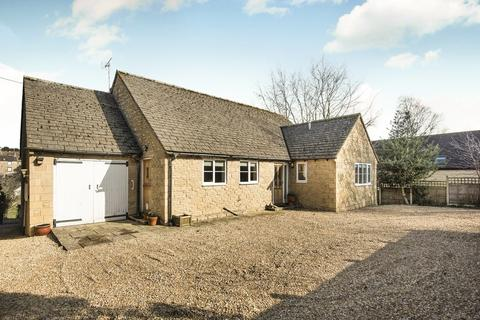 3 bedroom detached bungalow for sale - Tetbury