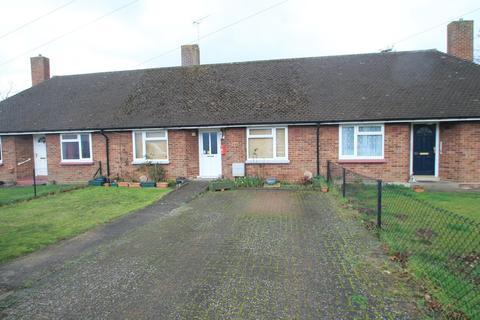 2 bedroom terraced bungalow for sale - Prebendal Avenue, Aylesbury