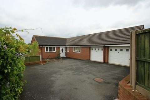 3 bedroom detached bungalow for sale - Glebefields, Woodseaves, Stafford