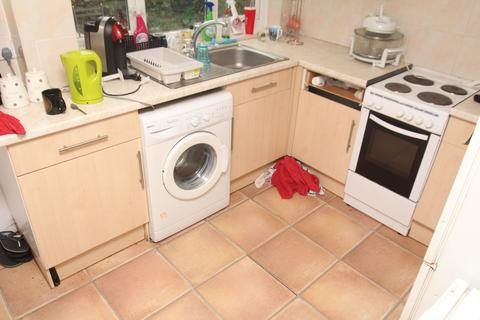 3 bedroom house to rent - Castle Street, Treforest, Pontypridd