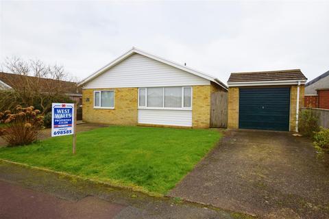 4 bedroom detached bungalow for sale - Skomer Drive, Milford Haven