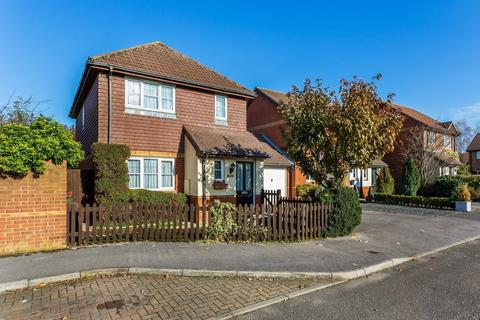 3 bedroom link detached house to rent - Parish Close, Ash, Aldershot