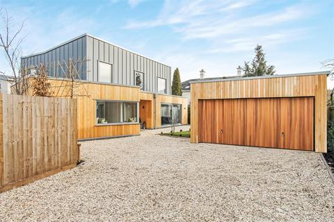 4 bedroom detached house for sale - Greenway Lane, Charlton Kings, Cheltenham
