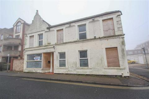 Property to rent - Rosemary Road, Clacton-on-Sea, Essex