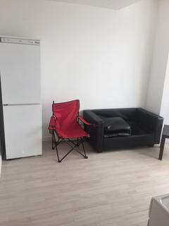 1 bedroom flat to rent - High Road, Ilford, IG3