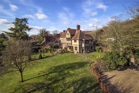 7 bedroom detached house for sale - Pilgrims Way, Thurnham, Maidstone, Kent, ME14