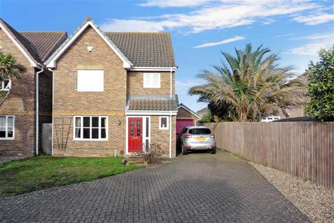 3 bedroom detached house for sale - Dewberry Close, St Marys Island, Chatham, Kent