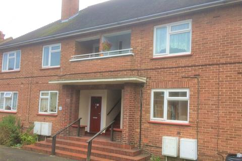 2 bedroom flat to rent - Godfrey Flats, Upper Bridge Road, Chelmsford CM2