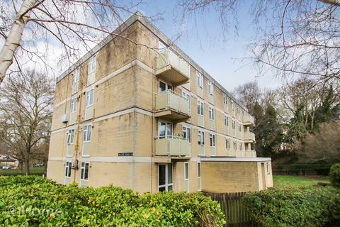 2 bedroom flat for sale - Hillside Road, Bath BA2