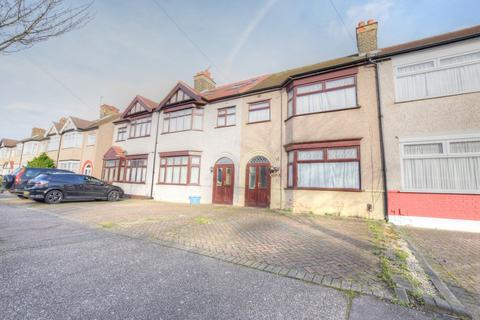 3 bedroom terraced house to rent - Ramsgill Drive, Ilford
