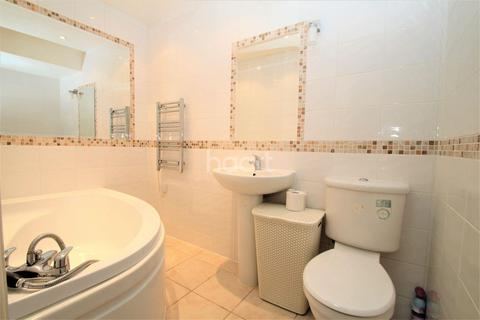 1 bedroom flat for sale - School House, Staines-Upon-Thames