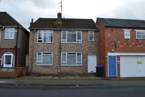 2 bedroom flat to rent - Homestead Way, Kingsley, Northampton NN2 6JG