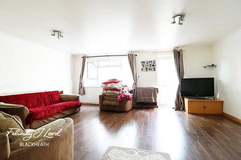 2 bedroom flat for sale - Paine Court, Westcombe Park Road, SE3
