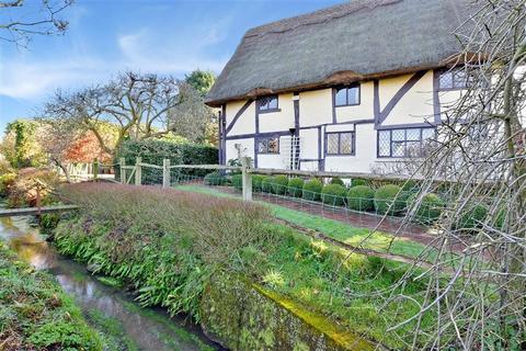 4 bedroom detached house for sale - Addlestead Road, East Peckham, Tonbridge, Kent
