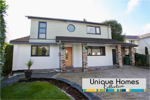 4 bedroom detached house for sale - School Lane, Tregrehan Mills, ST AUSTELL, Cornwall