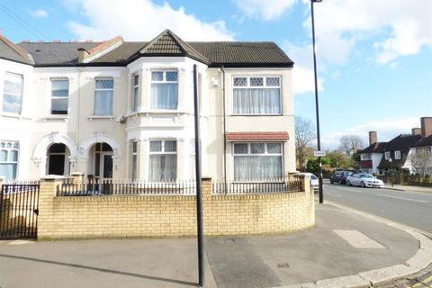 5 bedroom semi-detached house for sale - Witham Road, Isleworth, TW7