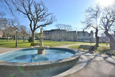 1 bedroom flat for sale - Ashley Cross, Poole, BH14 8UH